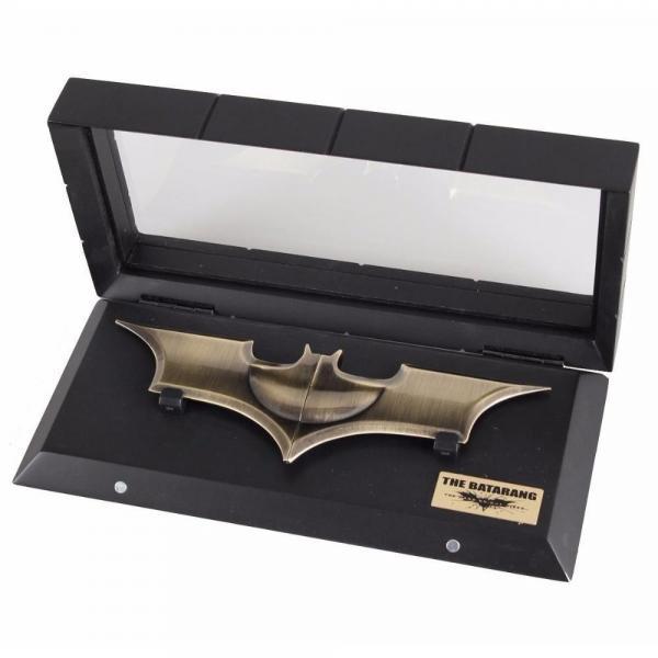Batman the dark knight the batarang replique