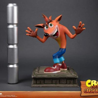 Crash bandicoot crash statue 41cm