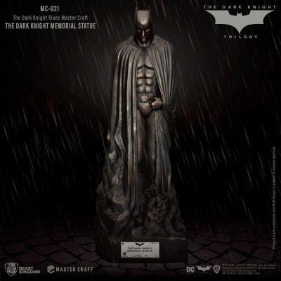 Dc comics dark knight memorial batman statuette master craft 45cm