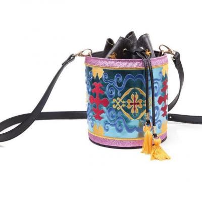 Disney aladdin magic carped glitter drawstring bucket bag