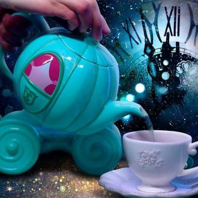 Disney carrosse de cendrillon theiere en ceramique 850ml