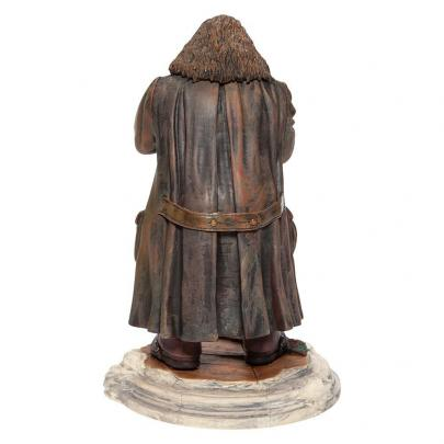 Harry potter hagrid and norberta figurine 25cm 1