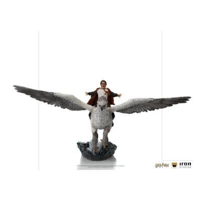 Harry potter harry buckbeak statuette deluxe art scale 30cm