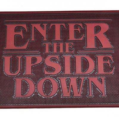 Stranger things upside down paillasson caoutchouc 40x60cm